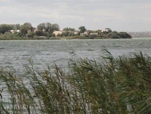 Η λίμνη ... στη Μαμάια, βόρεια της Κωστάντζας. Η ακτή της Δοβρουτσάς είναι γεμάτη από τέτοιες λίμνες (