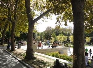 Το Πάρκο Γκεζί είναι από τους λίγους εναπομείναντες πράσινους χώρους στο κέντρο της Πόλης - τα σχέδια ανάπλασης του υπήρξαν η αφορμή για την πρόσφατη εξέγερση, που το έκανε γνωστό σε όλο τον κόσμο.