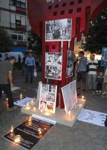 Εκδήλωση μνήμης για τα θύματα των Σεπτεμβριανών του '55, στη συνοικία Μόδι της Χαλκηδόνας (στην ασιατική μεριά). 'Ενα σημάδι ίσως για μια αυξανόμενη ευαισθησία της τουρκικής κοινωνίας για τέτοια θέματα.