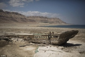 Νεκρά Θάλασσα ναυάγιο
