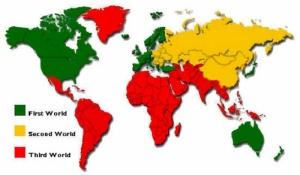 Το (ξεπερασμένο πλέον) σχήμα διαχωρισμού σε πρώτο, δεύτερο και τρίτο κόσμο. http://www.nationsonline.org/oneworld/third_world_countries.htm
