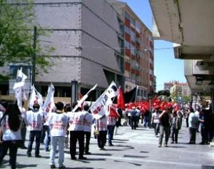 Να και μια εικόνα ίσως όχι τυπική στο μυαλό πολλών για το συντηρητικό Ικόνιο - η διαδήλωση της Πρωτομαγιάς, με τη συμμετοχή αριστερών και κεμαλικών οργανώσεων.