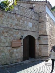 Παλιά ελληνορθόξη εκκλησία της Αττάλειας, η οποία χρησιμοποιείται πλέον προφανώς από τους πολλούς Ρώσους κάτοικους της πόλης.