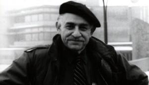 Ο Μάρεϊ Μπούκτσιν (1921-2006). https://libcom.org/library/between-30s-60s-murray-bookchin
